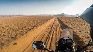 Endlose Tiefsandpisten im Süden Namibias