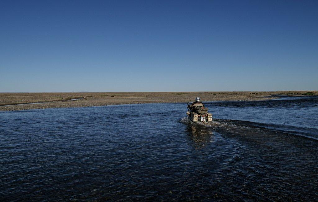 Eine von zahlreichen Flussdurchfahrten in der Mongolei